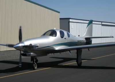 lancair-evolution-n9qx-taxi-quarter